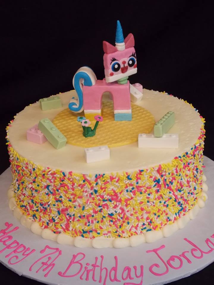 Birthday Cake 832
